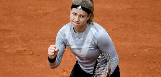 Karolína Muchová porazila v semifinále Američanku Peraovou